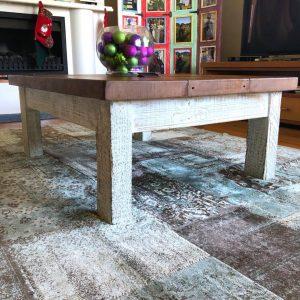 Farmhouse coffee table 120 x 90 cm