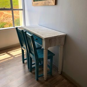 White Bedroom Desk